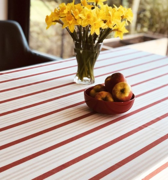 Jacquard tablecloth red-beige striped, 150x250