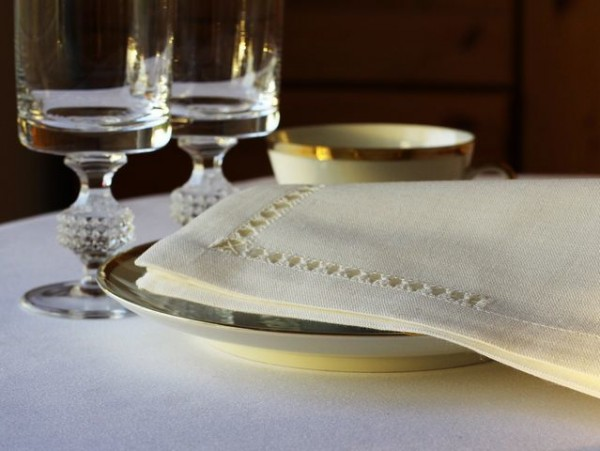 4 linen napkins, antique white, with royal hemstitch, 45x45