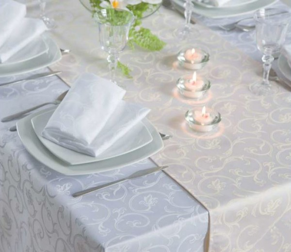 Damask tablecloth Sila, white, with floral pattern, 140x310