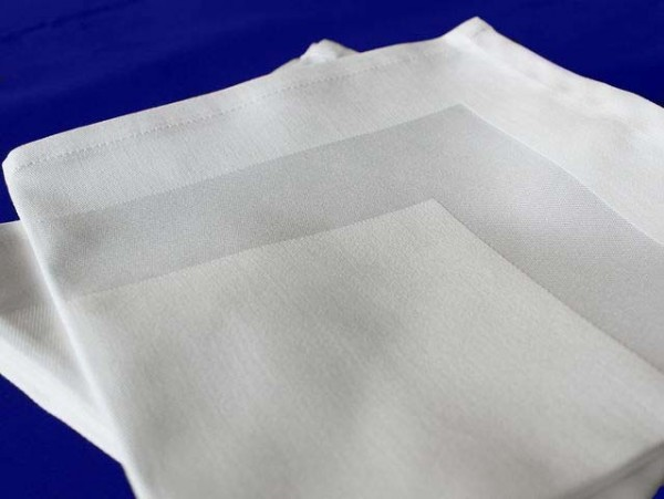 100 cloth napkins, Padua, white, with satin band, 40x40 cm
