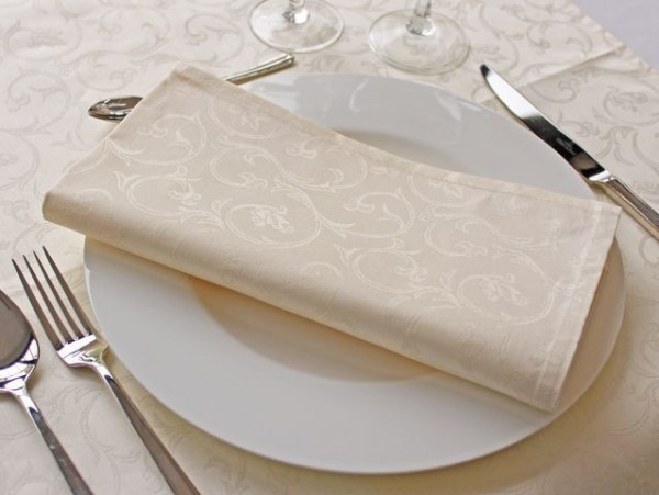 6 Damast-Servietten Sila, sekt, mit floralem Muster, 50x50