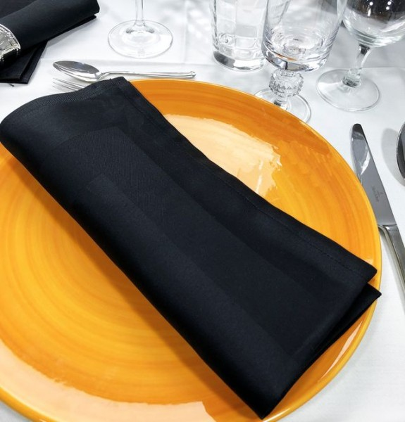 12 cloth napkins Padua, black, with satin band, 50x50