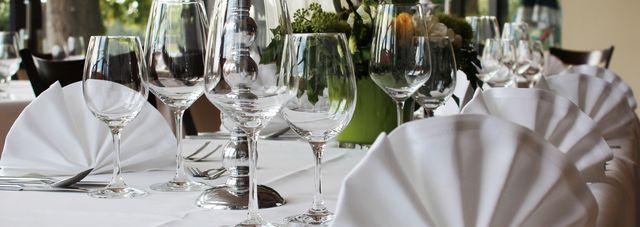 Weiße Tischdecken in Übergröße: Tischdecken-shop Libusch