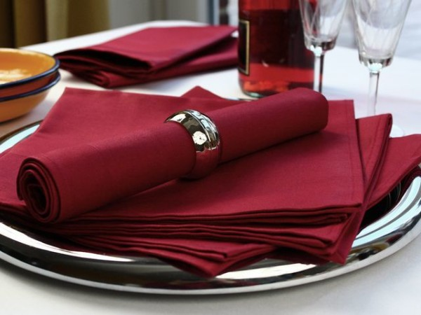 12 cloth napkins, Padua, bordeaux, with satin band 50x50