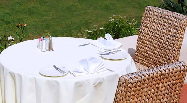 Tablecloth Jatta, white, without pattern, round Ø 135