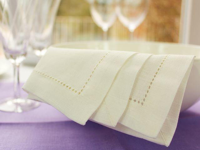 leinen servietten mit hohlsaum tischdecken shop libusch. Black Bedroom Furniture Sets. Home Design Ideas