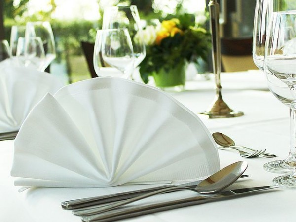 40 cloth napkins, Sara, white, with satin band, 50x50